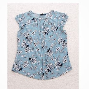 Ann Taylor blue floral Button Down Blouse